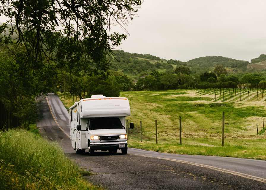 Earn While Traveling In Your Recreational Vehicle